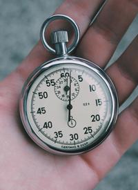 Un nouveau collaborateur récemment recruté a besoin de temps pour maîtriser le changement et assurer sa prise de poste